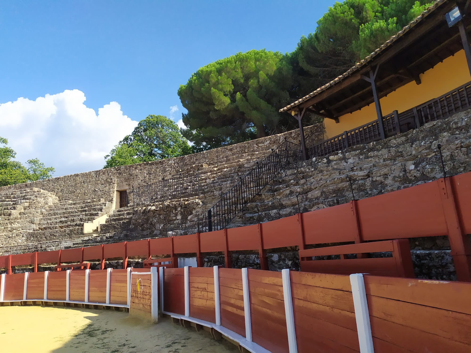 Esta es la primera plaza de toros que existió en España