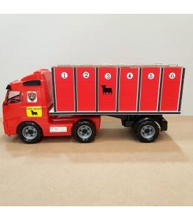 Camión rojo de toros grandes con 6 jaulas individuales